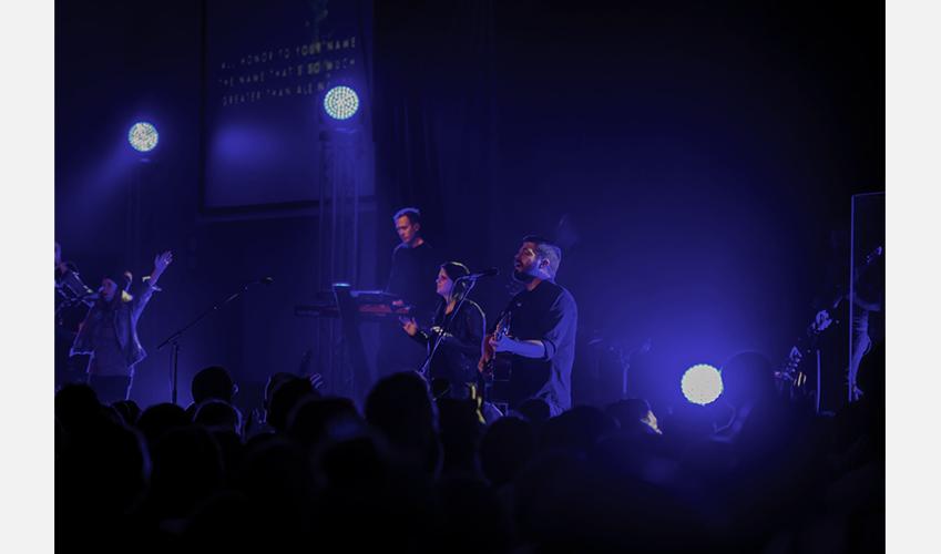 Praises-Show